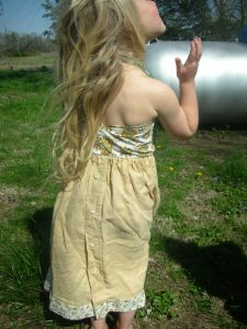 backside of the dress made from a pillow case and old linen dress shirt