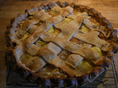 Pineapple apricot pie