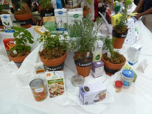 Herb Market 2012 002